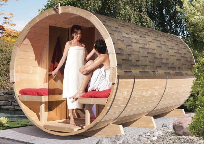Karibu Fass Sauna 42 mm Fasssauna 4 ohne  Ofen im Set mit 5 Paketen Rechteckschindeln dunkelrot  Plug & Play 230Volt Sauna