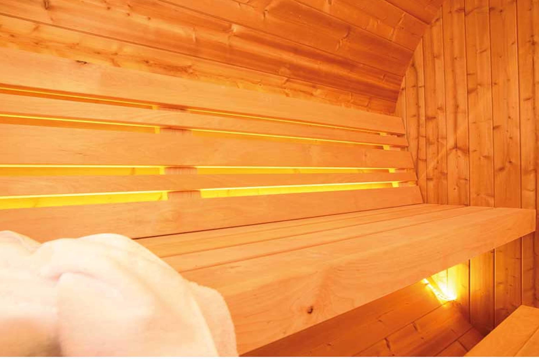 saunafass tonnensauna aus holz von wolff finnhaus online. Black Bedroom Furniture Sets. Home Design Ideas